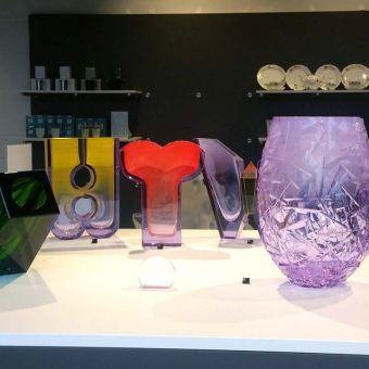 showroom-vase-moser